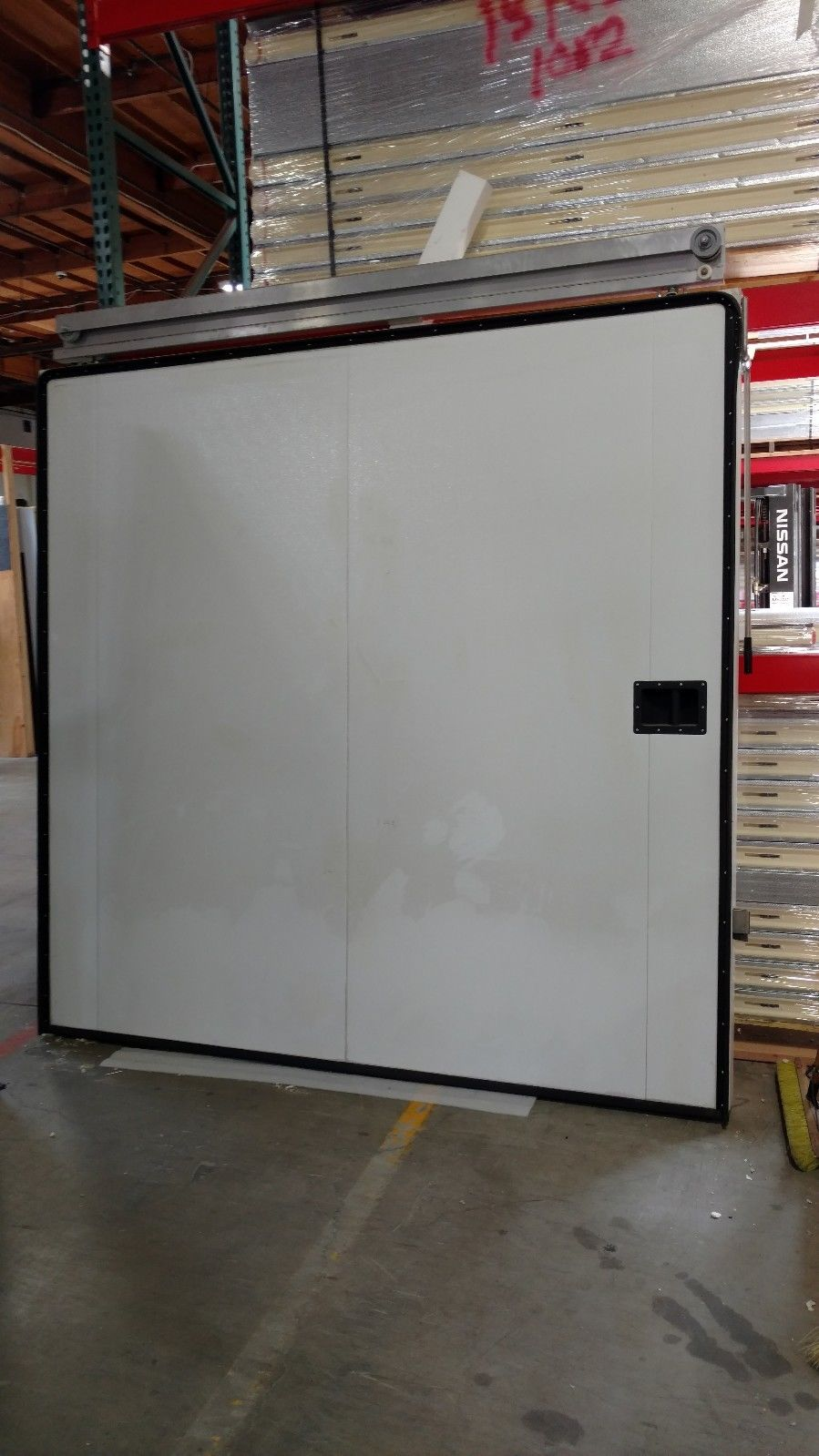 8 39 x 8 39 left opening manual sliding door commercial cooling for 10 door walk in cooler