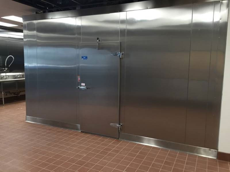stainless-steel-walk-in-cooler