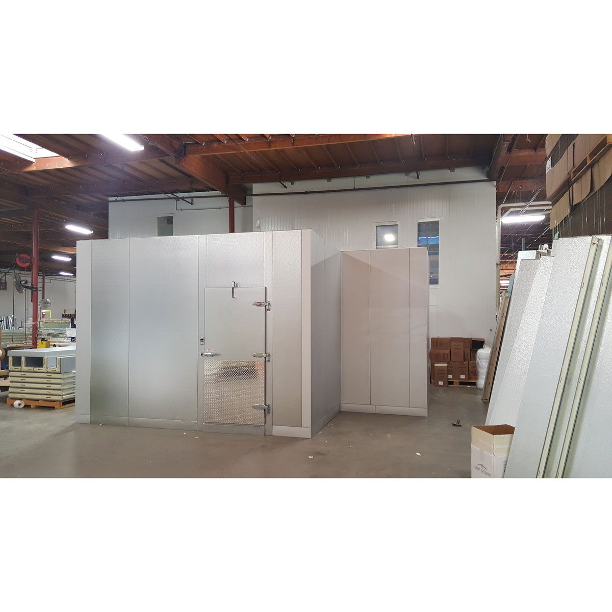 walk-in-box-with-indent