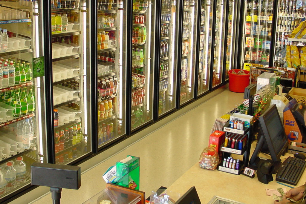 Custom-Display-Walk-In-Cooler-with-Glass-Doors